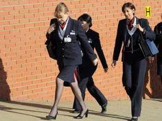 Les hôtesses de British Airways portent enfin le pantalon !!! • Hellocoton.fr