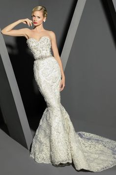 Victor Harper - Couture  Designer Bridal Gown - Style VHC275