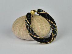 arabische Nacht  Häkelarmband Farben schwarz gold metallic