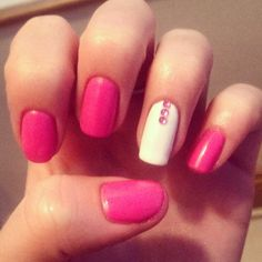 Nail art; pink and white, simple but pretty.