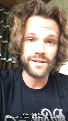 Even when his hair is a mess, he looks fabulous. Jared Padalecki