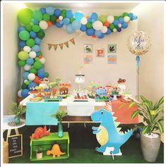 26 Ideas For Dinosaur Birthday Party Theme Boys Dinasour Birthday, Girl Dinosaur Birthday, Baby Boy 1st Birthday Party, 3rd Birthday Parties, Baby Party, Birthday Party Decorations, Festa Jurassic Park, 1st Birthdays, Google