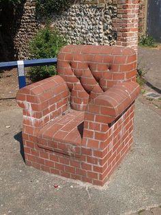 This chair made out of bricks Furniture Making, Garden Furniture, Furniture Design, Camping Am Meer, Brick Art, Brick Architecture, House Front Design, Brick Design, Diy Sofa