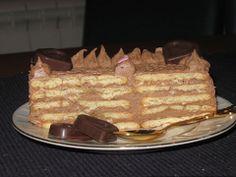 """""""OBIČNA KEKS TORTA"""" – Ovo je omiljena torta moga muža .Skoro celu sam pojede, verujte ne preterujem kad ovo kazem :) .Jednostavno se priprema, a nema ko je ne voli. ;)"""