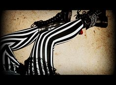 Tim Burton Inspired Leggings : Image 1 of 2