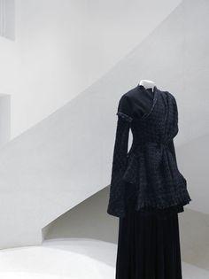 Yohji Yamamoto Paris —  Sophie Hicks