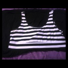 Black & White Dress Black & White Striped dress from Torrid - Size 2 (18/20). It's a comfy mix of cotton & polyester. Wear with your favorite sandals or sneakers. torrid Dresses