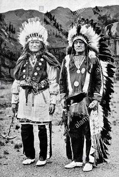 Austin Little Bull and Ógle Lúta (aka Red Shirt, aka Joseph Red Shirt) - Oglala - 1914 Native American Print, Native American Photos, Native American Tribes, Native American History, Native Americans, Sioux Nation, Western Photo, Native Indian, Red Shirt