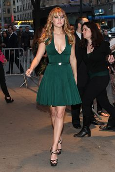 Girls in Minis. Jennifer Lawrence in a pretty green gown Beautiful Celebrities, Beautiful Actresses, Gorgeous Women, Jennifer Lawrence Style, Jennifer Lopez, Jenifer Lawrance, Happiness Therapy, Manequin, Movies