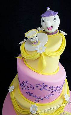 Topsy Turvy, Beauty and the beast Mrs. teapot cake (by Design Cakes) Fancy Cakes, Cute Cakes, Pretty Cakes, Pink Cakes, Gorgeous Cakes, Amazing Cakes, Teapot Cake, Gateaux Cake, Character Cakes