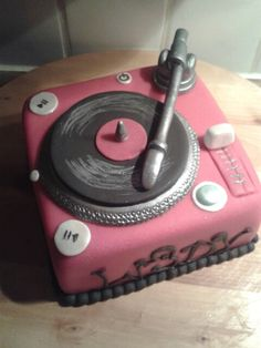 DJ Taart ( Demi's Cupcakes & Taarten )
