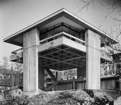 Kikutake's Sky House: Where Metabolism & Le Corbusier Meet, Sky House, Tokyo, Image © Kawashima Architecture Photograph Office Architecture Du Japon, Atelier Architecture, Houses Architecture, Gothic Architecture, Contemporary Architecture, Residential Architecture, Interior Architecture, Installation Architecture, Le Corbusier