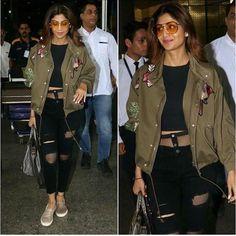 Shilpa Shetty's airport style #instylediaries #instastyle #fashion #fashionista #fashionblogger #celebrityfashion #celebstyle #beauty #fashiondesigner #fashionbloggers #style #stylist #bollywoodfashion #indianfashion #love #amazing #smile #jewelry #s