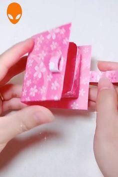 10 Fun DIY origami perfect for you and kids - DIY - Paper Art Christmas Diy Crafts Hacks, Diy Crafts For Gifts, Diy Arts And Crafts, Creative Crafts, Fun Crafts, Paper Flowers Craft, Easy Paper Crafts, Paper Crafts Origami, Flower Crafts