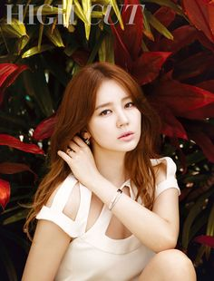 Actress Yoon Eun Hye caught the eyes of fans with her steamy pictorial for 'High Cut' magazine.Yoon Eun Hye traveled all the way to Hawaii to … Yoon Eun Hye, Asian Love, Asian Girl, High Cut Korea, Korean Celebrities, Celebs, Princess Hours, Prince Héritier, My Fair Lady