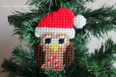 An Owl Christmas decoration made entirely from you!  This product is a electronic file in PDF format.  The size of the item finished are: Width 5.5 cm (2.2 inches), height 9cm ( 3.5 inches ).  The PDF file contains the pattern page and written directions in English.  Etsy will send a download link for the pattern by email once you have sent payment.  If you have any questions regarding this model, please contact me.  You are ready to realize your little magic in plastic canvas?  Thanks for…