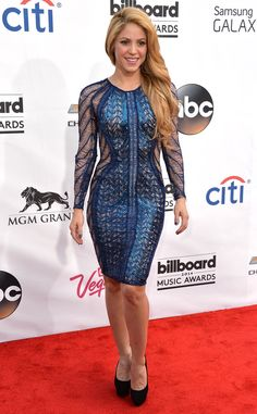 Nothing to be blue about here! Shakira looks all kinds of fab in her blue dress.