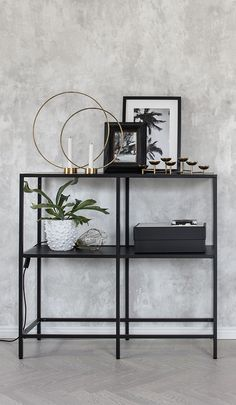 Black Steel + Brass + White Fresco Surface Wall Mural Oturma Odası – home accessories Beautiful Interior Design, Home Interior Design, Interior Decorating, Gray Interior, Foyer Decorating, Classic Interior, Decorating Ideas, Home Living Room, Living Room Decor