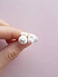 Easter Bunny Earrings – Easter Basket Stuffers – Rabbit Earrings – Easter Gifts for Kids – Easter Earrings - Handcrafted 2019 Cute Polymer Clay, Polymer Clay Miniatures, Polymer Clay Charms, Polymer Clay Projects, Handmade Polymer Clay, Polymer Clay Earrings, Clay Crafts, Easter Gifts For Kids, Clay Creations