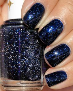 Essie Starry Starry Night (Retro Revival) // @kelliegonzoblog