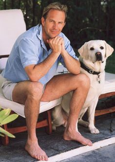 Kevin Costner and his beautiful yellow lab.  (our neighbor's lab is a pup of Mr. Costner's lab)