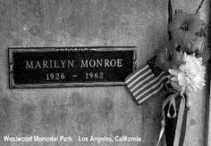 pictures of marilyn monroe in her casket | j