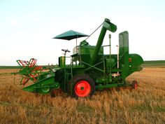 1953 Oliver Model 33 Self-propelled combine. Restoration completed 2009.
