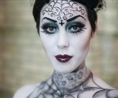 Going Goth for Halloween has never been so beautiful