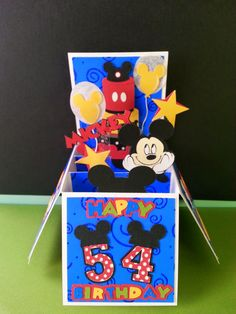"""Here is a box card that I made yesterday. The box card file is from SVGcuts. The die cuts are from """"Paper Piecing Pals"""" and the Cricut cartr..."""