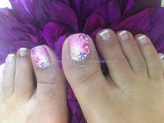 Nail Technician:Elaine Moore Description: Glitter fade with one stroke nail art and Swarovski crystals---loving this!