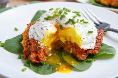 Quinoa Cakes with Roasted Red Pepper and Walnut Pesto, Goat Cheese and a Poached Egg (or without cheese to make candida friendly)