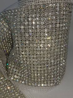 Diy Crystals, Stones And Crystals, Glitter Furniture, Etsy Fabric, Bling Shirts, Jewelry Model, Silver Rhinestone, Diy Necklace, Diy Crafts