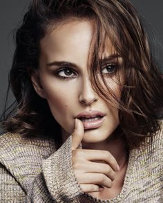 Natalie Portman, photographed by Alique for Diorskin Forever, 2016. { smoky brown eyes x pinky-nude lip @dallasshaw }