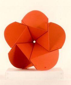 edgar negret obras de arte - Buscar con Google Abstract Sculpture, Visual Merchandising, American Art, Origami, Fancy, Shapes, Google, Inspire, Floor