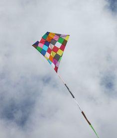 Kite awesome design pinterest stables wright - Como hacer una cometa paso a paso ...