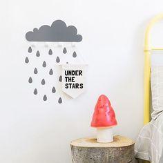 Good morning!  Grey cloud wall hook with rain drop wall stickers.  .  #kidsroom #decokids #nursery #habitacionbebe #colgadores #tresxics