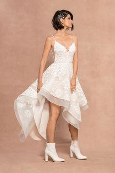 Two Piece Spagheetti Strap A-line Lace Wedding Dress Two Piece Gown, Two Piece Wedding Dress, V Neck Wedding Dress, Bridal Gowns, Wedding Gowns, Lace Wedding, Spring Wedding, Wedding Bride, Wedding Shoes