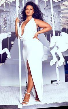 The Plus White Extreme Cowl Maxi Dress. Head online and shop this season's range of plus size at PrettyLittleThing. Plus Size Maxi Dresses, White Maxi Dresses, Plus Size Outfits, Summer Dresses, Curvy Outfits, Formal Dresses, Black Women Fashion, Curvy Fashion, Plus Size Fashion