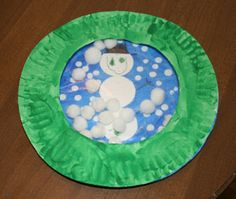 Squish Preschool Ideas: Paper Plate Snow Globe
