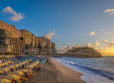 Hello igers I wish you a great day! . . . . . . . . . . . . . . . . . . #vivo_italia #tropea #sea #loves_madeinitaly #instaitalia #italian_places #italy_vacations #ig_italia #vivocalabria #calabriadaamare #ig_italy #thebestdestinations #ig_worldclub #shotaward #worldbestshot #igbest_shotz  #volgovibovalentia #volgocalabria #likes_calabria #landscapes_calabria #igerscalabria #loves_italia #bestcalabriapics #italian_trips #top_italia_photo #ig_calabria #loves_calabria_ #yellerscalabria…
