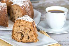 Sorprende a tu familia con este esponjoso y húmedo pastel de café con dátil.