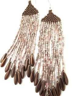 Boucles d'oreilles en perles de rocailles et tubes en verre : Boucles d'oreille par brin-de-perle