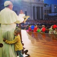 I ♥ Pope Francis.  I am so happy for the world that God has given us this man!  I must go to Rome to see him!