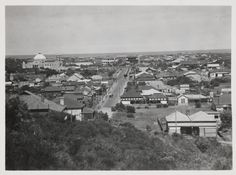 BA597/27: View along Sanford Street towards St Francis Xavier Cathedral and Stella Maris College, Geraldton, ca 1920 http://encore.slwa.wa.gov.au/iii/encore/record/C__Rb4309343?lang=eng