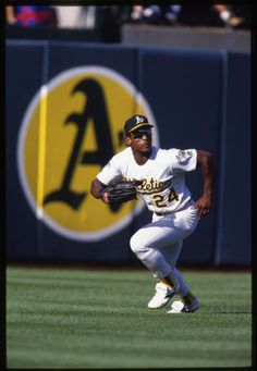Rickey Henderson of the Oakland Athletics - (Ron Vesely/National Baseball Hall of Fame Library) Pirates Baseball, Baseball Boys, Baseball Pants, Softball Mom, Baseball Jerseys, Dodgers, National Baseball League, National League, Baseball Records