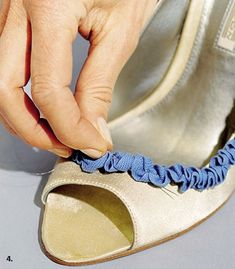 Beautify Your Shoes Using Simple Ribbon - AllDayChic Shoe Refashion, Shoe Crafts, Bling Shoes, Decorated Shoes, Flip Flop Shoes, How To Make Shoes, Painted Shoes, Your Shoes, Diy Clothes
