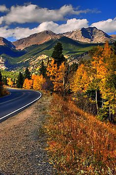 Rocky Mountain Nat'l Park in the early autumn