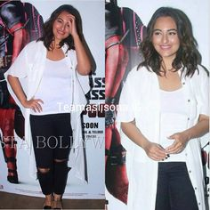 """""""Sonakshi spotted at Deadpool scrteening yesterday night  Look she's so cool and fab @aslisona  Her smile"""""""