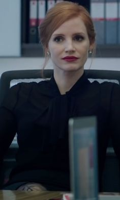 Miss Sloane Clothes, Fashion and Filming Locations | TheTake