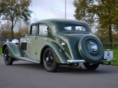 Canadian Auto Network pin: 1938 - Bentley Derby 4,25 Litre Sport Saloon by Park Ward
